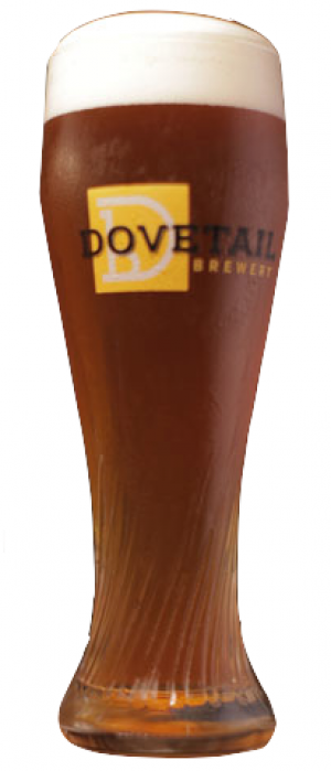 Hefeweizen by Dovetail Brewery in Illinois, United States