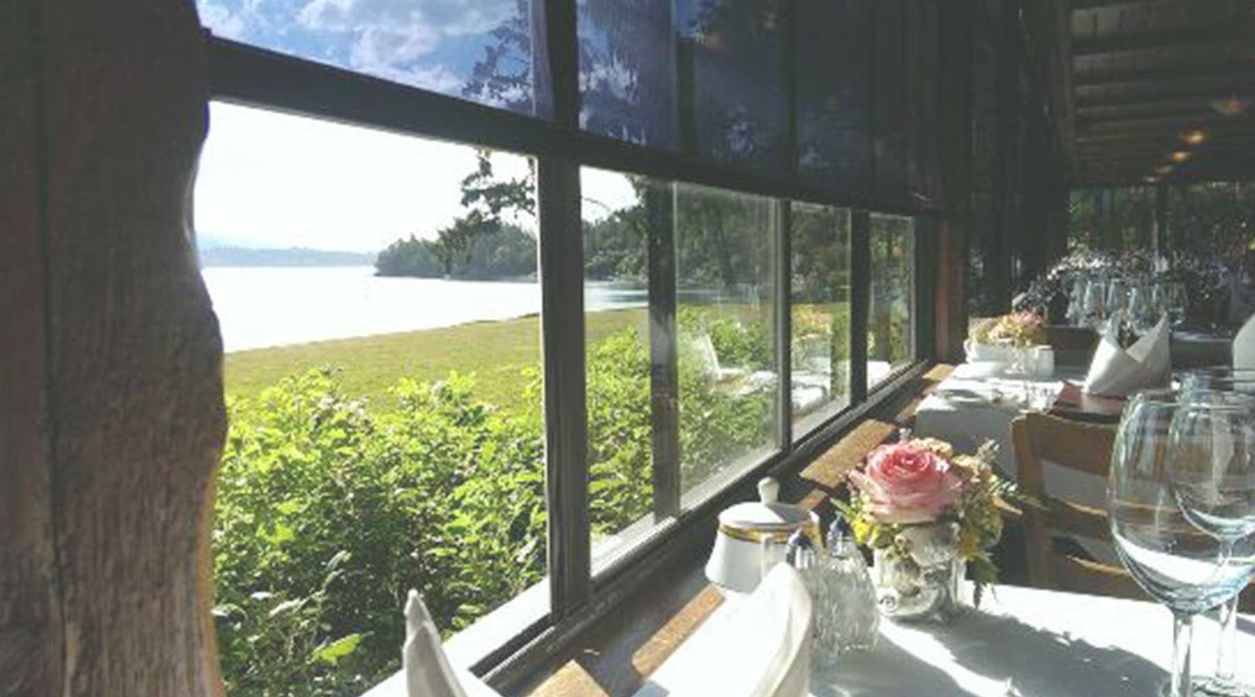 Deep Cove Chalet Restaurant | Just Wine