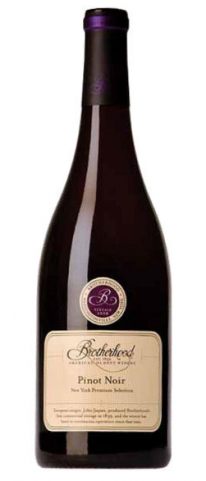 Brotherhood Winery 2013 Pinot Noir Bottle