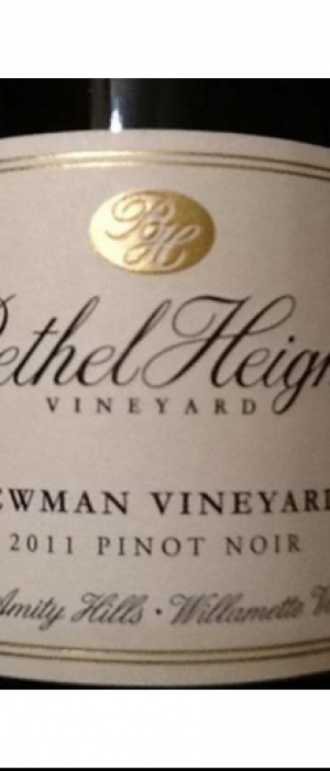 Pinot Noir Lewman Vineyard Bottle