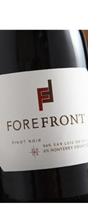 ForeFront Winery 2012 Pinot Noir Bottle