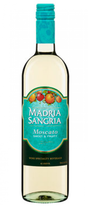 Madria Sangria Moscato Bottle