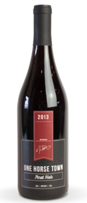 Dark Horse Estate Winery One Horse Town 2013 Pinot Noir Bottle