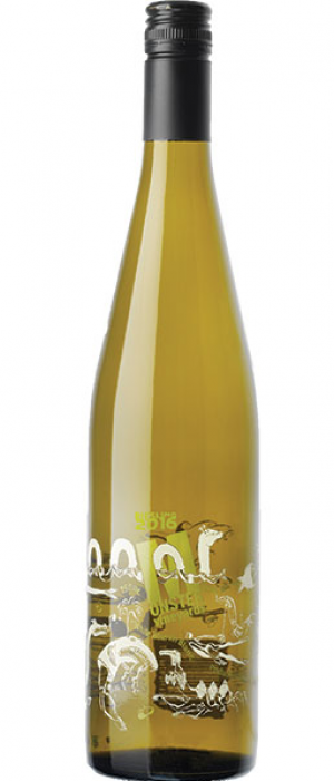 Monster Vineyards 2016 Riesling Bottle