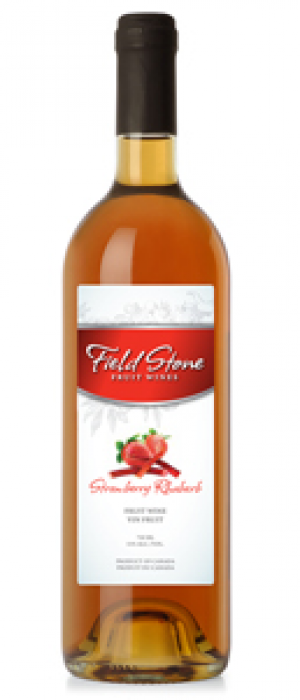 Field Stone Fruit Wines Strawberries blend Bottle