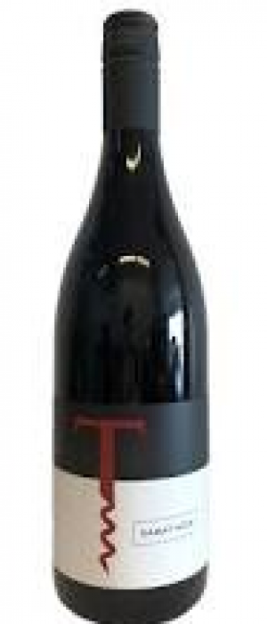 Traynor Family Vineyard 2016 Pinot Noir Bottle