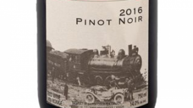 Kettle Valley Winery 2016 Pinot Noir Label