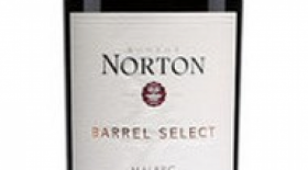 Bodega Norton Barrel Select 2015 Malbec Label