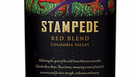 14 Hands Winery Stampede Red Blend 2014 Label