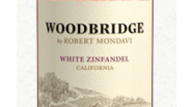 Woodbridge White Zinfandel Label