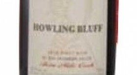 Howling Bluff Estate Winery 2015 Three Mile Creek Pinot Noir Label