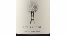 Little Engine Wines 2016 Silver Pinot Noir Label