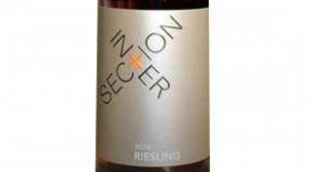 Intersection Estate Winery 2015 Riesling Label