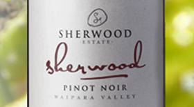 Signature Family  Pinot Noir Label
